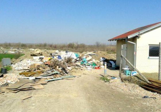 Eko bomba: Odlagalište građevnog otpada na ulazu u Sarvaš više nitko ne nadzire?!