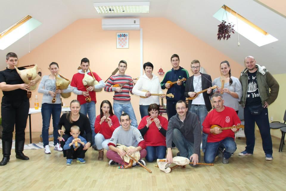 Photo of KUD SARVAŠ: Seminar sviranja tradicijskih glazbala