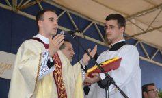 Obraćanje novog župnika Župe Rođenja sv.Ivana Krstitelja Sarvaš - MARIO BRKIĆ
